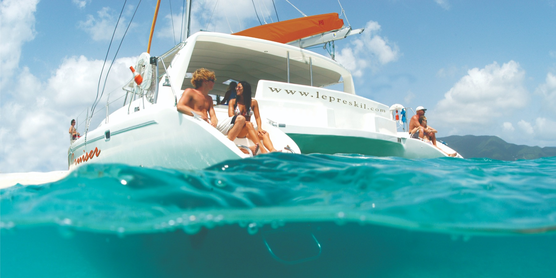 Catamaran Cruise South East- Ile Aux Cerfs-Including lunch & beverages